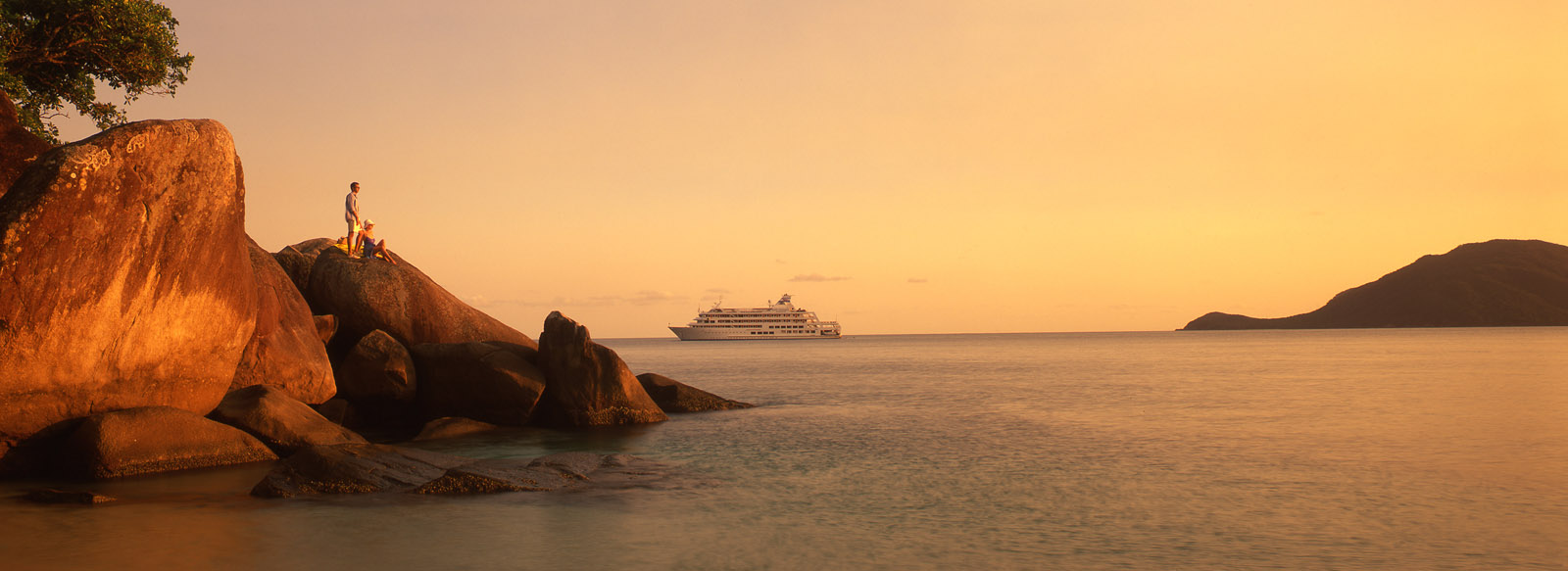 Captain Cook Cruises - Great Barrier Reef